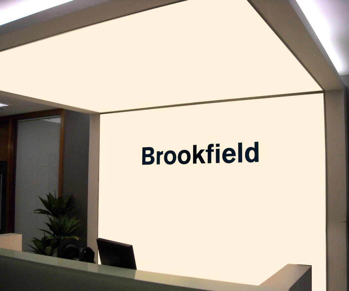 Backlight em tela tensionada impressa – Escritório Brookfield