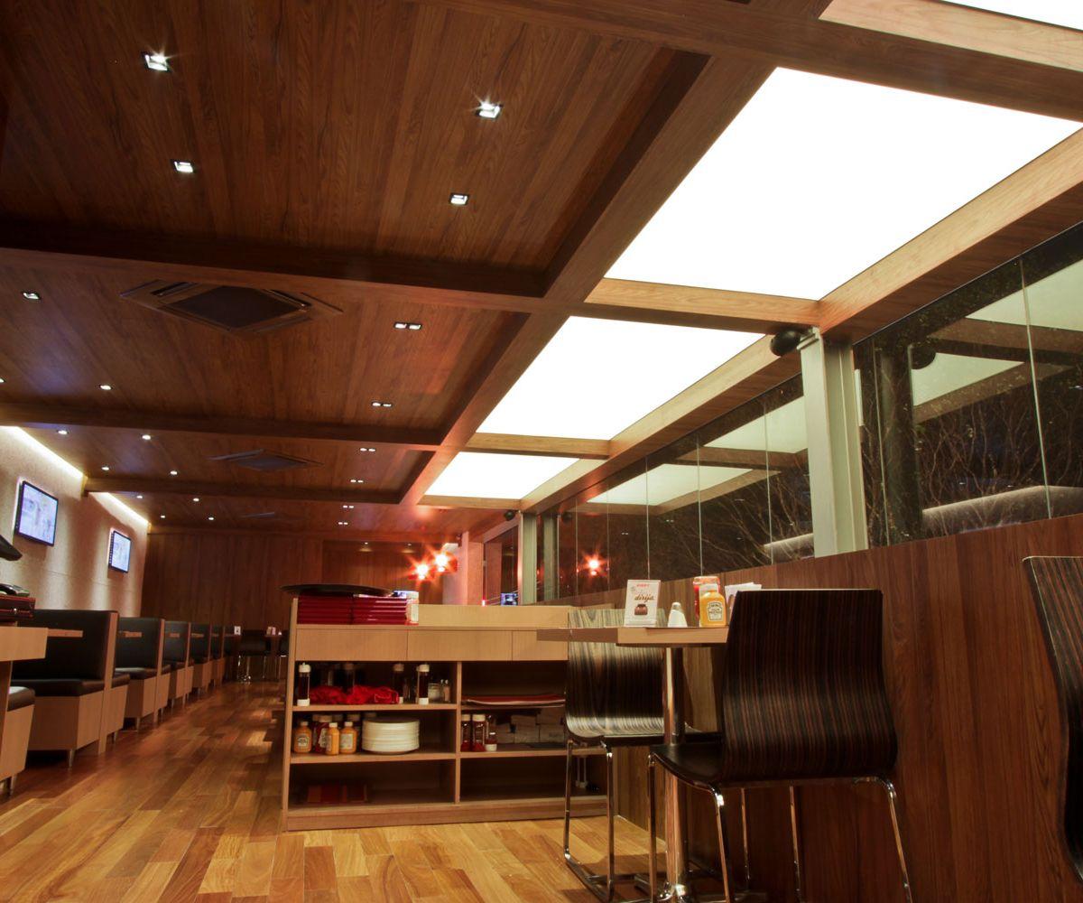 Luminárias Tensoflex – Restaurante Dizzy