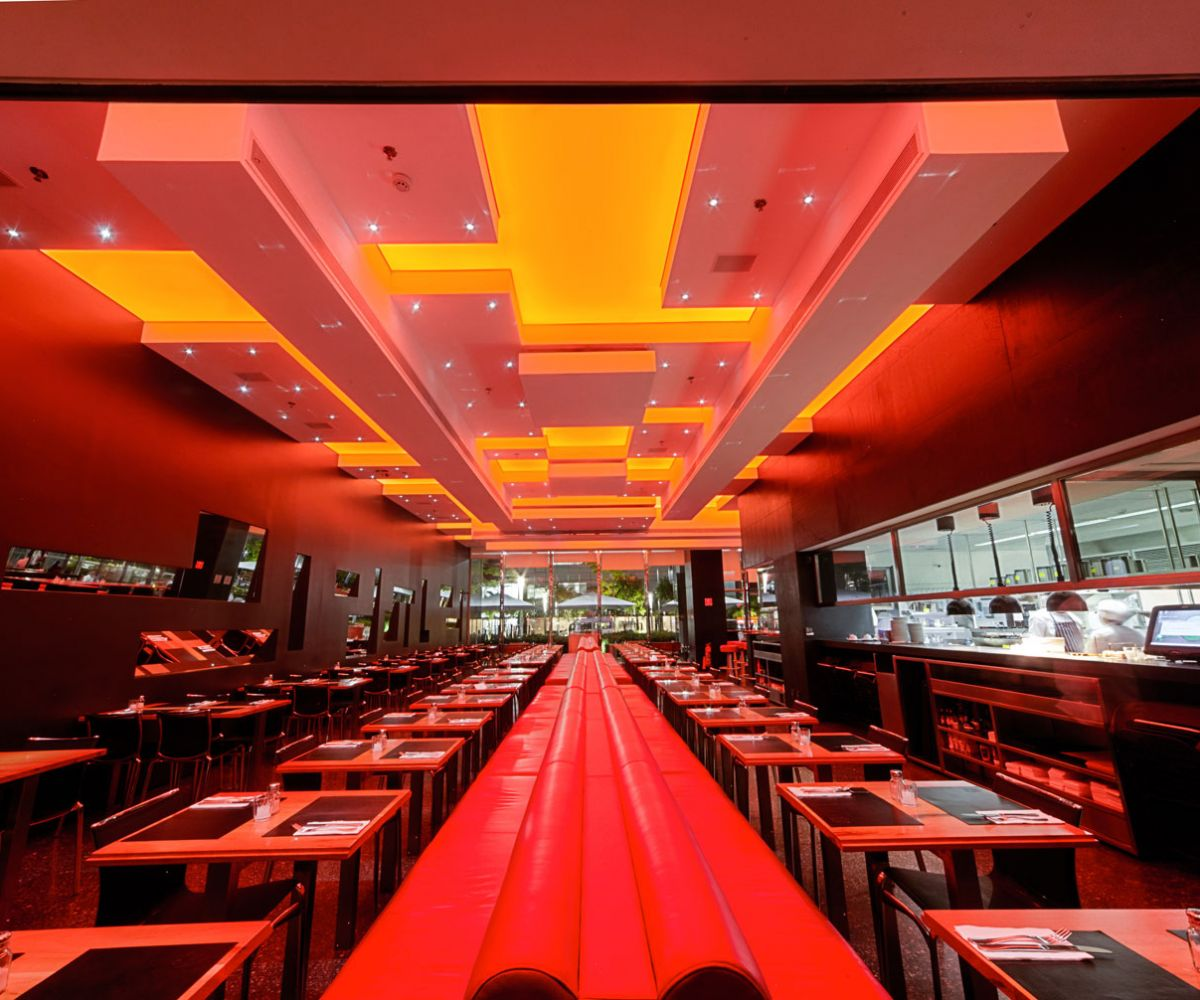Translucents strech ceilings – Spot Restaurant